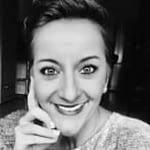"""Agata ErnstProgram """"Nowości onkologiczne"""" Od lat zainteresowana jest zagadnieniami związanymi z inżynierią genetyczną, biochemią, dietetyką, żywieniem człowieka, medycyną oraz zarządzaniem jakością. Uzyskała certyfikat i dyplom z dietetyki ogólnej oraz klinicznej."""